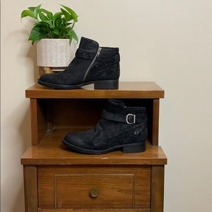 Black Born Distressed Leather Buckle Boots 9